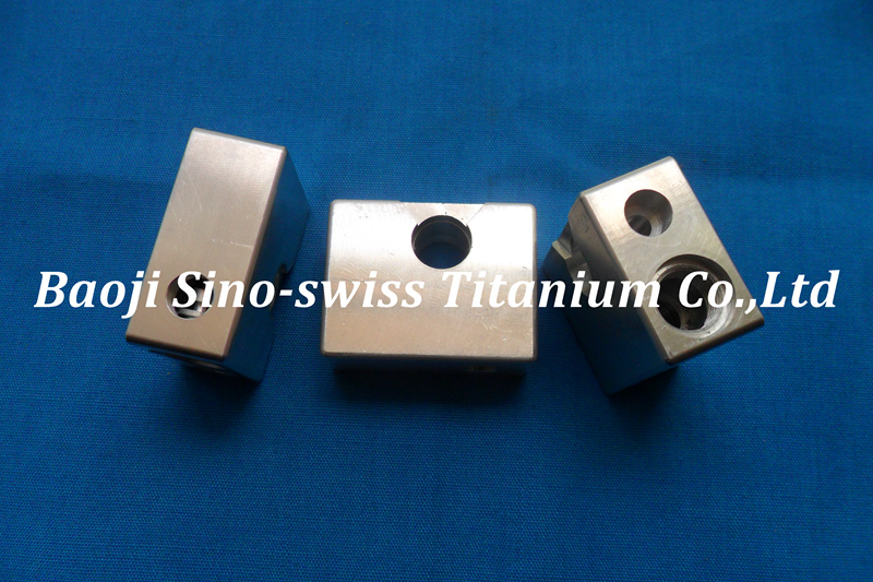 CNC Titanium precision parts pic 1