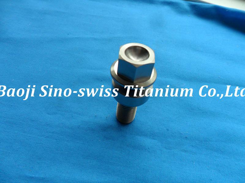 Porsche wheel titanium bolts/Porsche lug titanium bolts/ pic 1