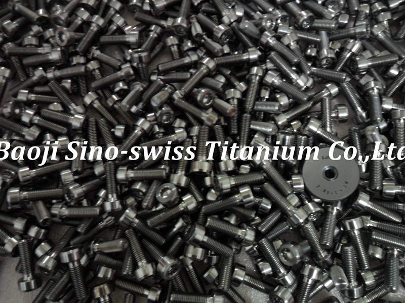 M7 titanium bolts pic 1